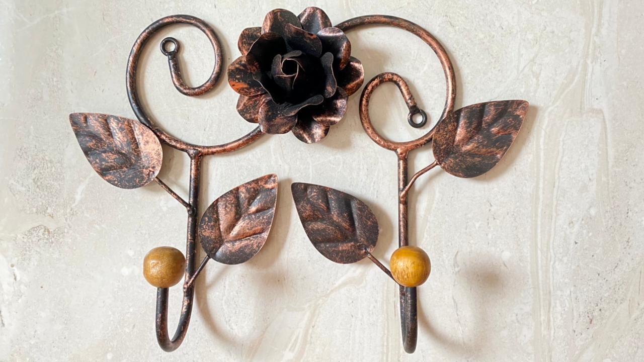 Cabideiro Rústico em Ferro com 2 Ganchos - Bronze
