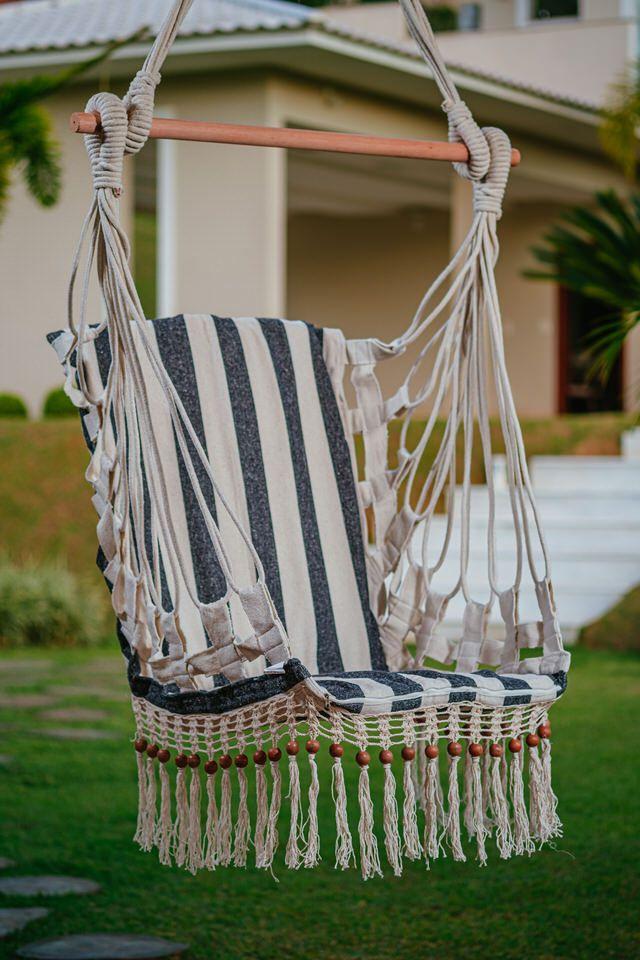 Cadeira de Balanço de Bolinha - Listrada em Preto