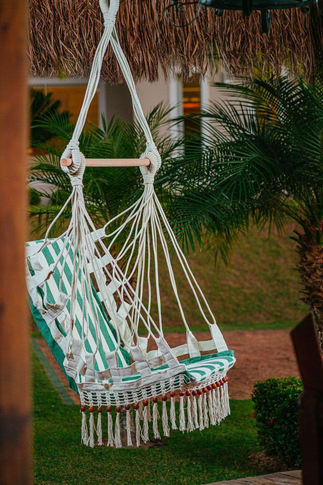 Cadeira de Balanço de Bolinha - Listrada em Verde Escura