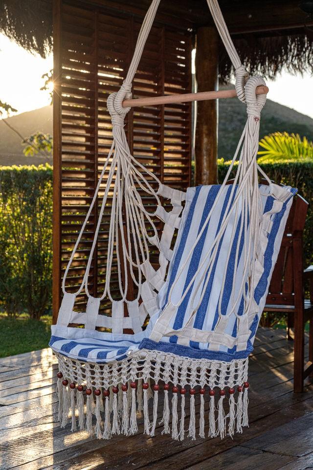 Cadeira de Balanço de Bolinha - Listrada em Azul Escuro