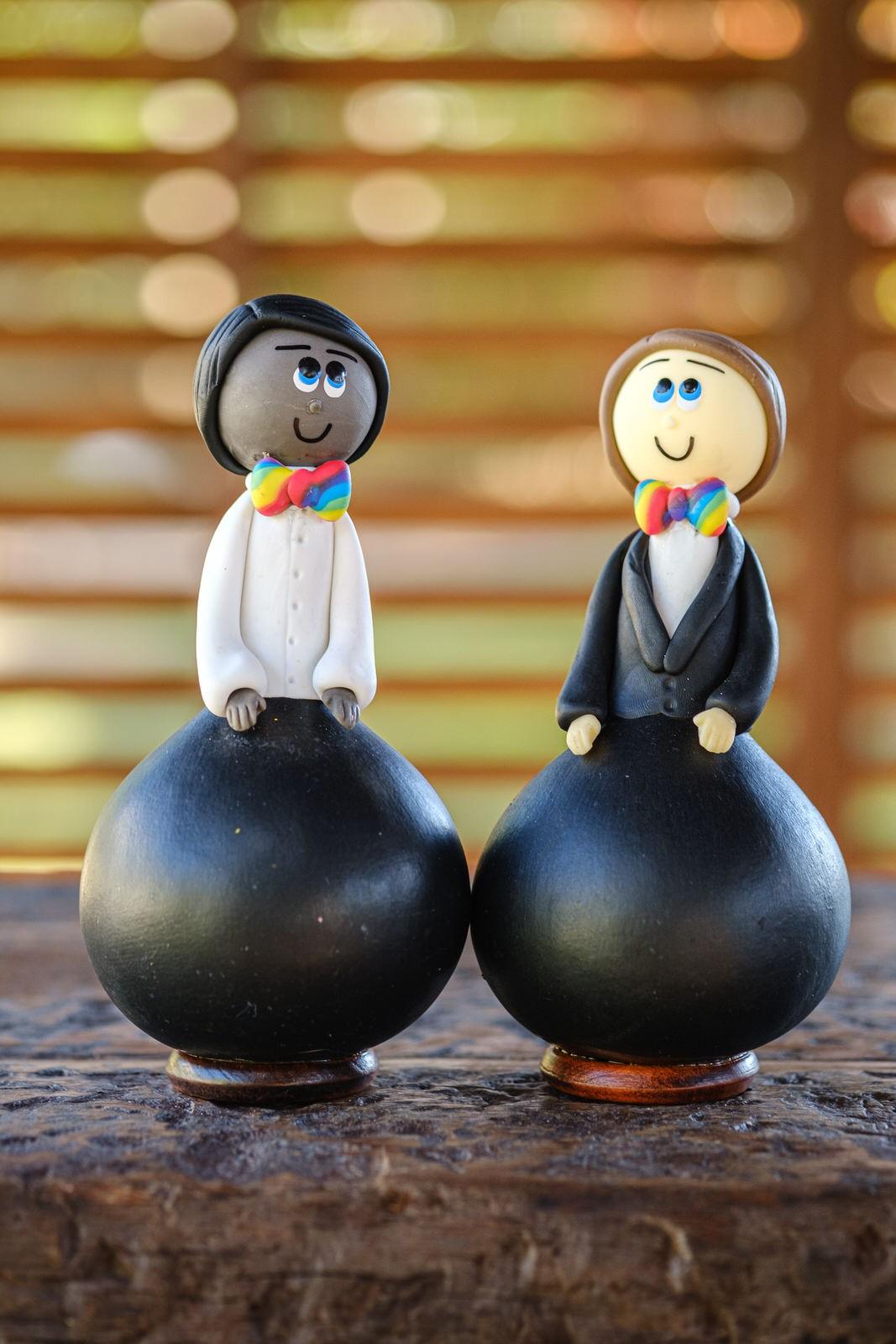 Casal de Bonecos Arco-íris em Cabaça - Inter-racial