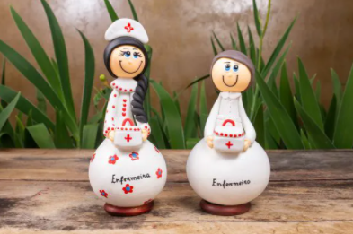 Casal de Bonecos em Cabaça Profissões - Enfermeiros