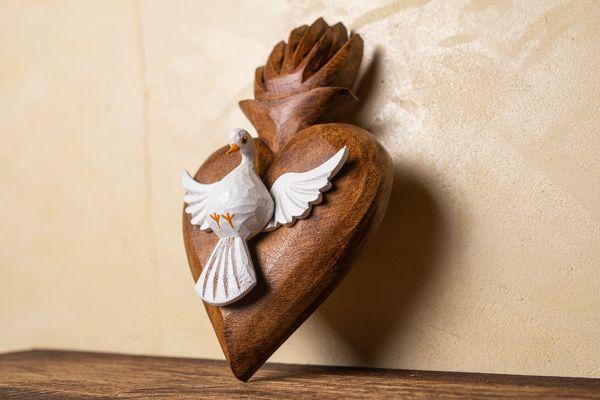 Divino Espírito Santo em Coração de Parede