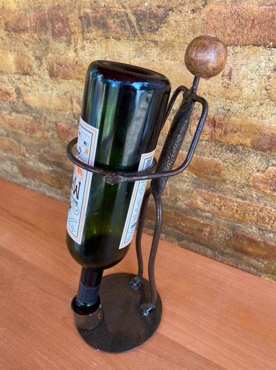 Escultura Artesanal Porta Vinho - Masculina