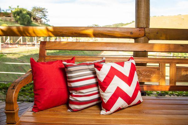 Jogo de capas para  almofadas vermelha