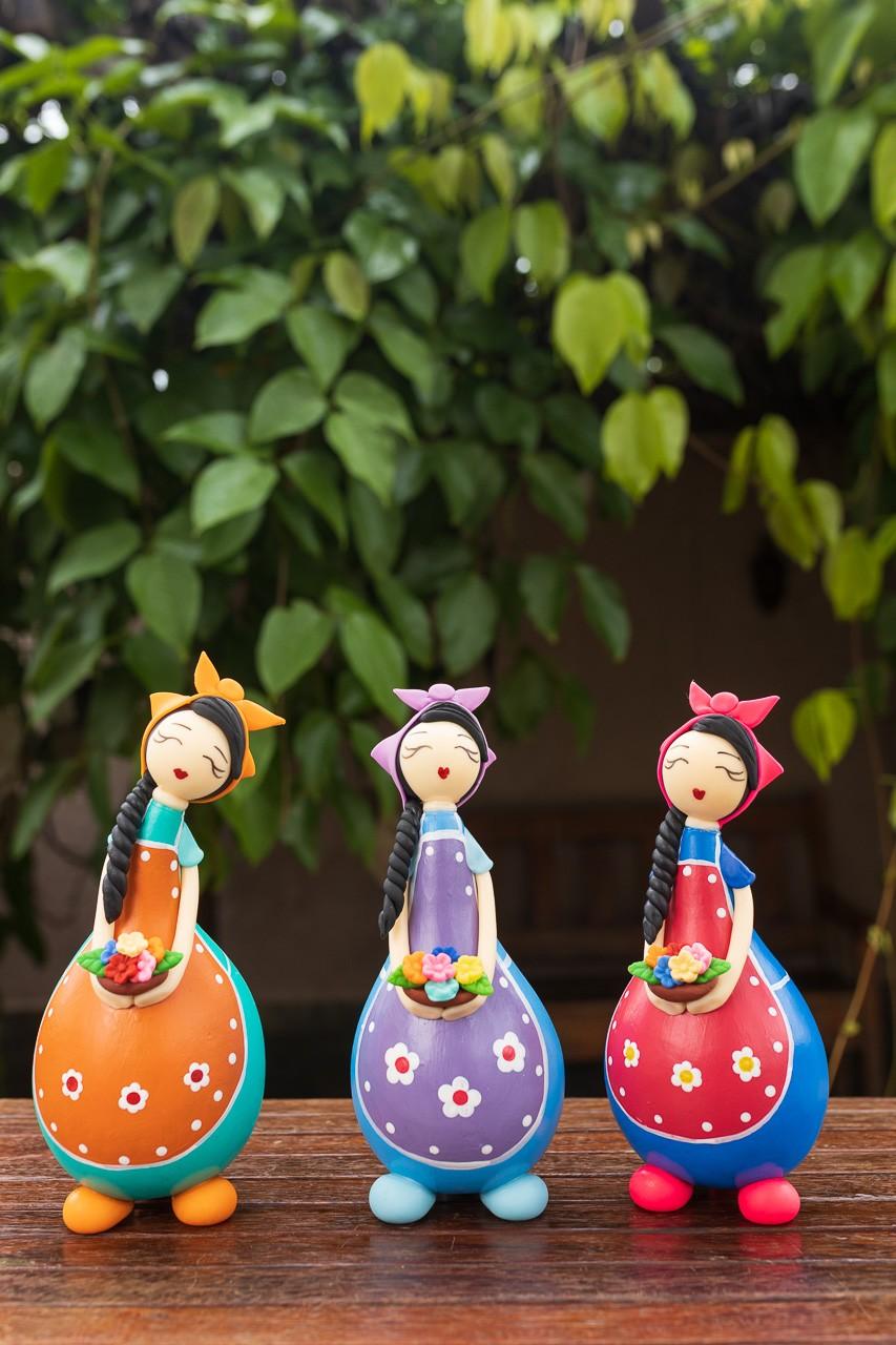 Kit Bonecas Camponesas em Cabaça com Cesto de Flores