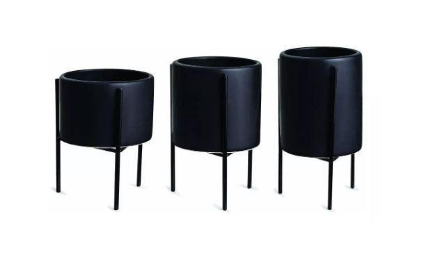 Kit cachepot preto com suporte em metal 3 peças