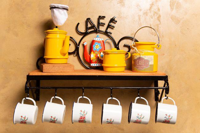 Kit cantinho do café com açucareiro e mini leiteira amarelo canecas com flores