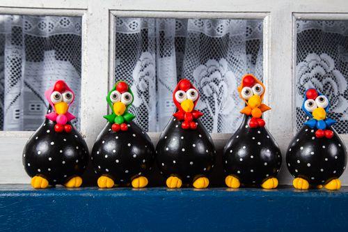Kit de galinhas preta de lenço com 5 peças.