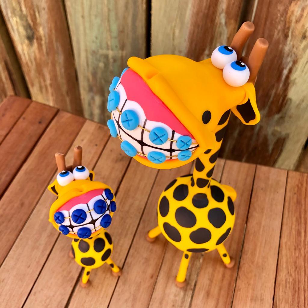 Kit de Girafas em Cabaça com Aparelho nos Dentes
