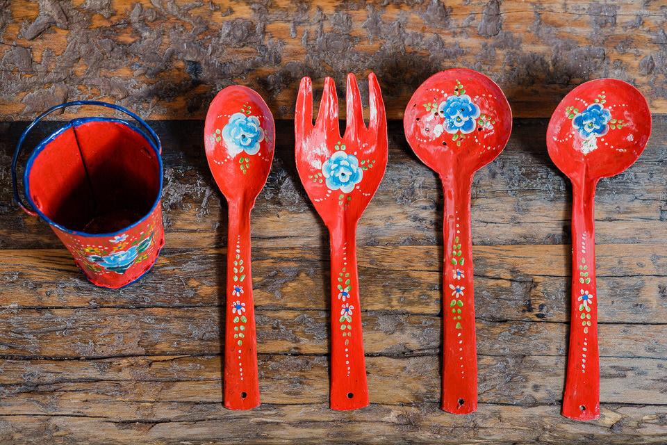 Kit Decorativo com Baldinho e Talheres - Vermelho