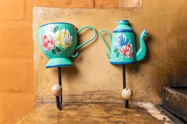Kit ganchos - xícara e bule em madeira verde água