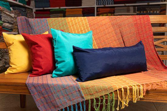 Kit Manta Arco-íris + Capas de Almofadas Coloridas