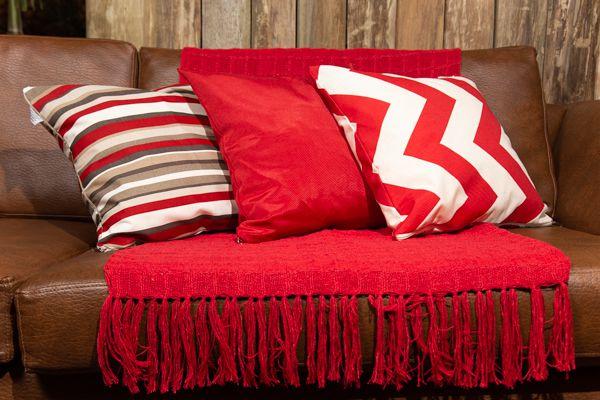 Kit manta e capa para almofadas - vermelha