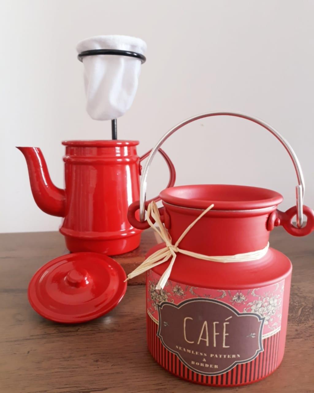 Kit mini bule 250 ml e mini leiteira café 500 ml vermelhos