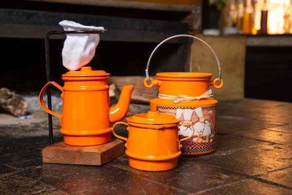 Kit mini bule 250 ml, leiteira 500 ml e açucareiro laranja