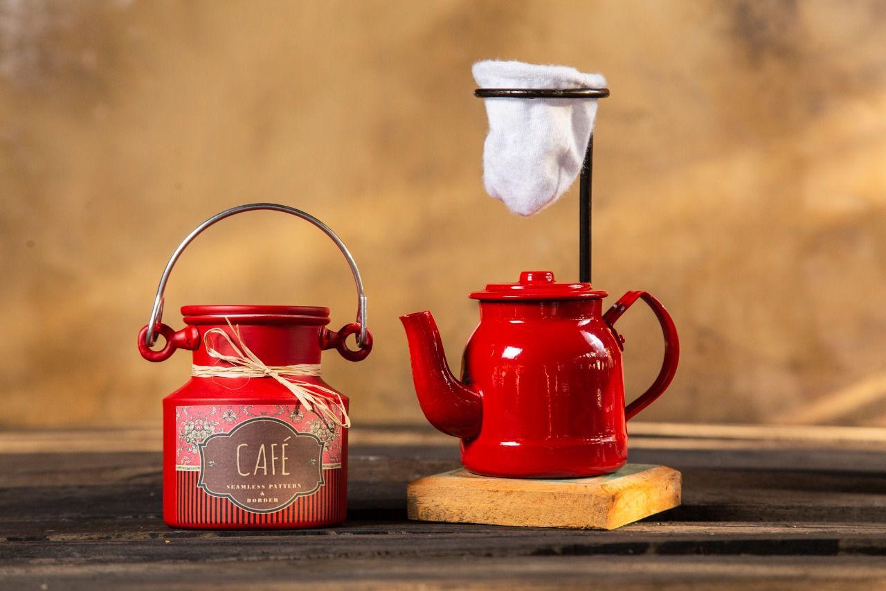 Kit mini chaleira e mini leiteira vermelho