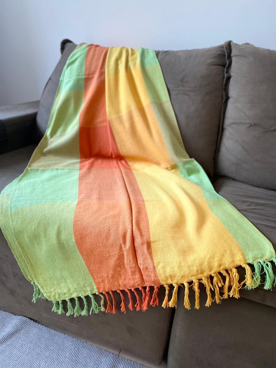 Manta Plus para Sofá - Listrada em Verde, Laranja e Amarelo