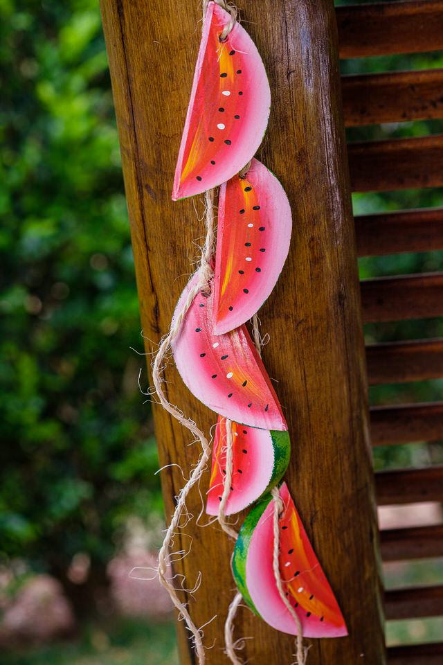 Móbile em Madeira - Melancias