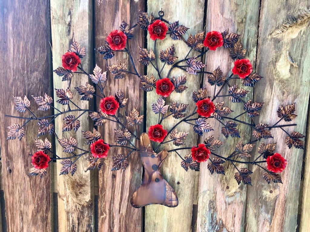 Moldura Árvore em Ferro com Flores - Vermelha