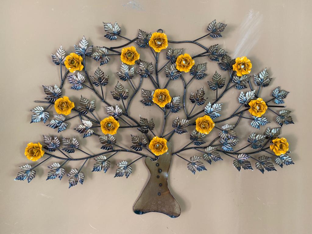 Moldura Árvore em Ferro com Flores - Amarela