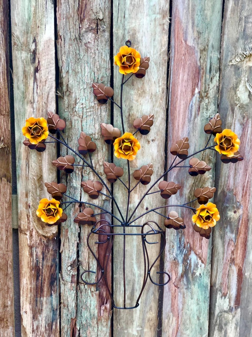 Moldura em Forma de Vaso de Flores Mostarda