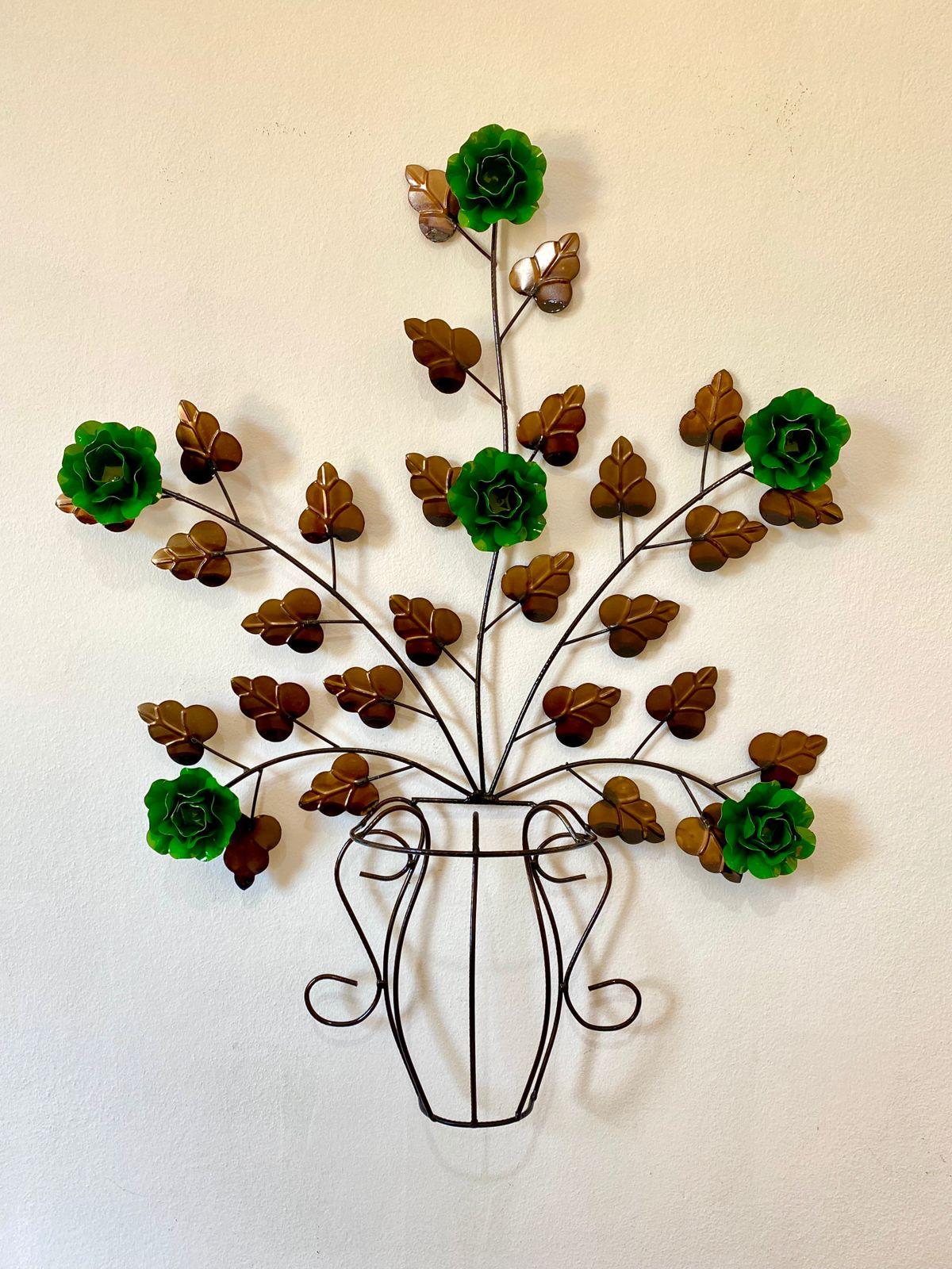 Moldura em Forma de Vaso de Flores Verdes