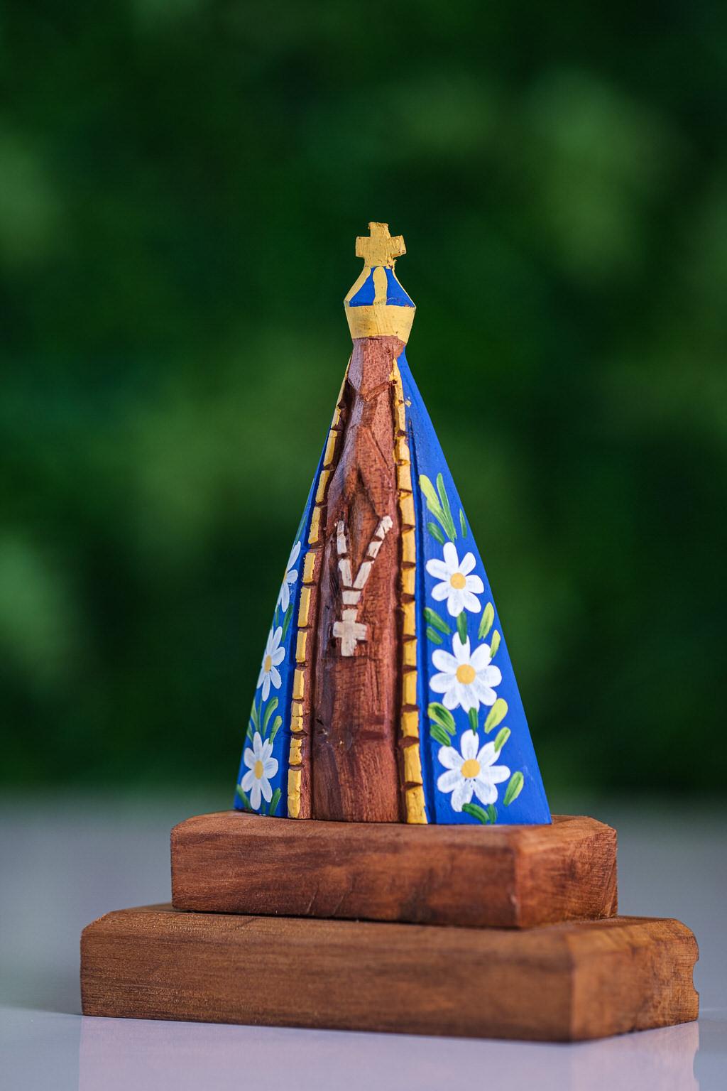 Nossa Senhora Aparecida em Madeira
