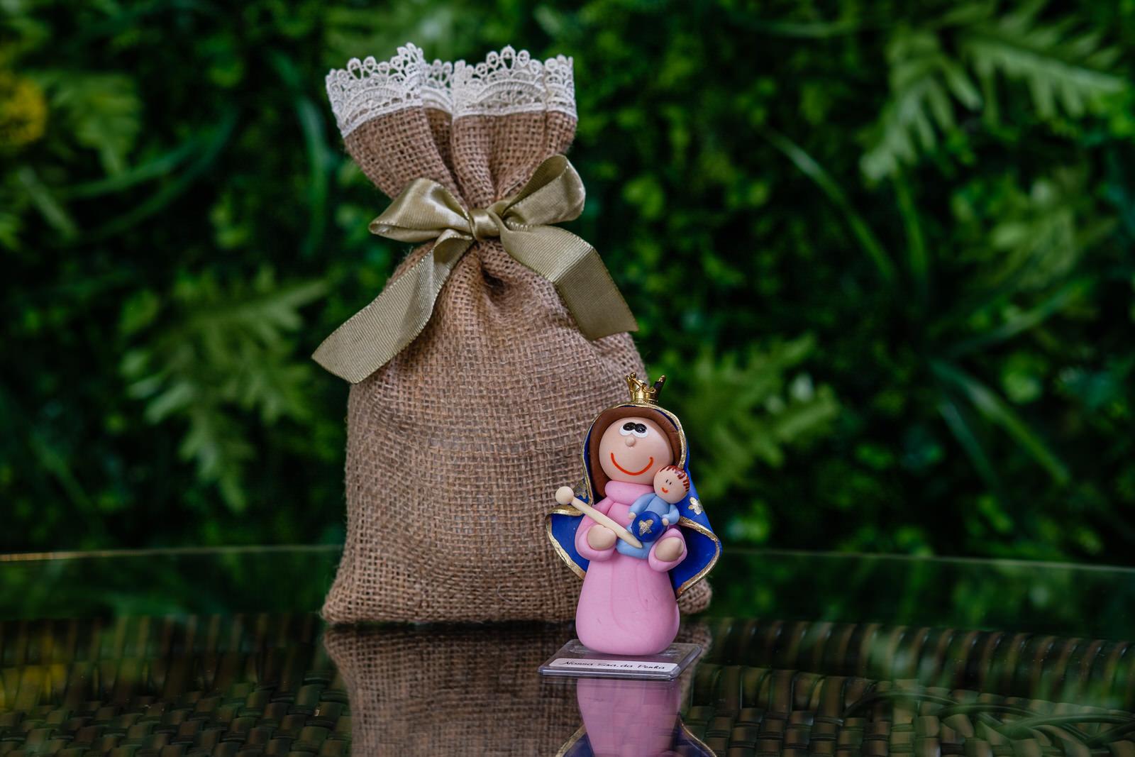 Nossa Senhora da Penha em Biscuit