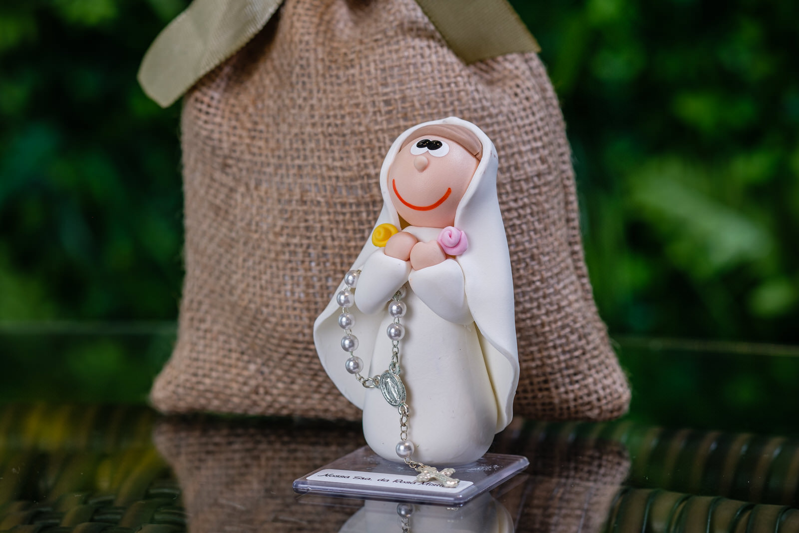 Nossa Senhora da Rosa Mística em Biscuit