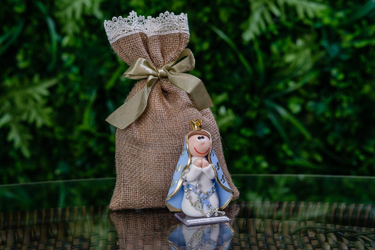 Nossa Senhora de Lourdes em Biscuit