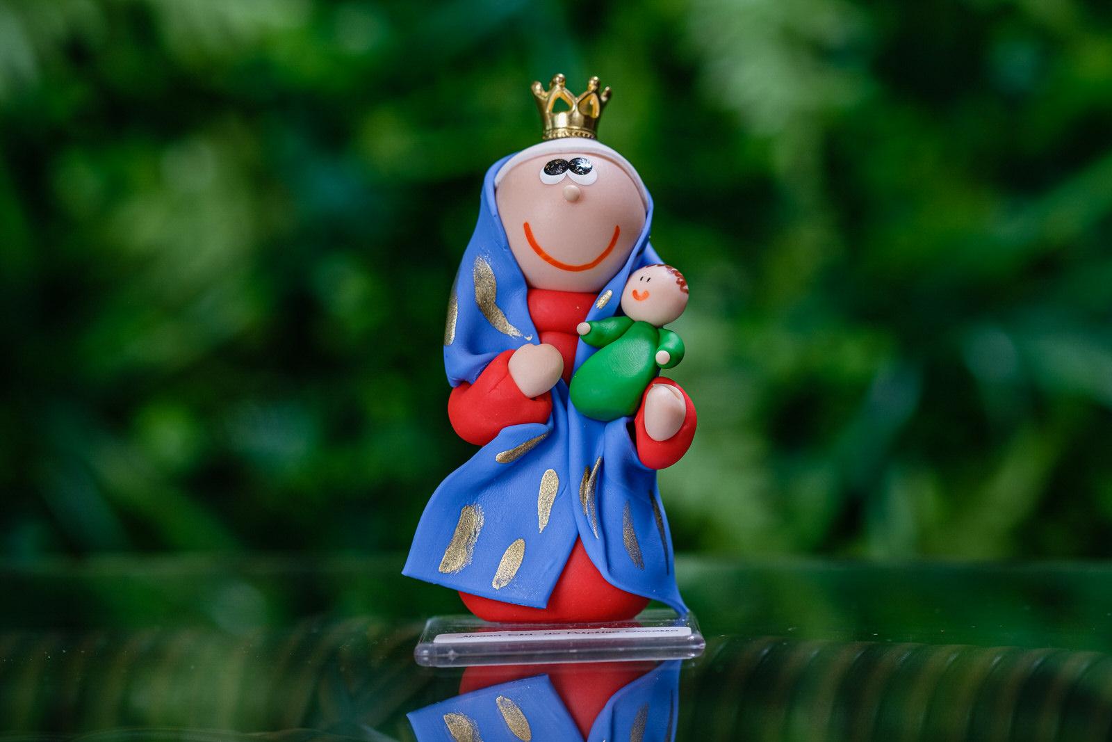 Nossa Senhora do Perpétuo Socorro em Biscuit