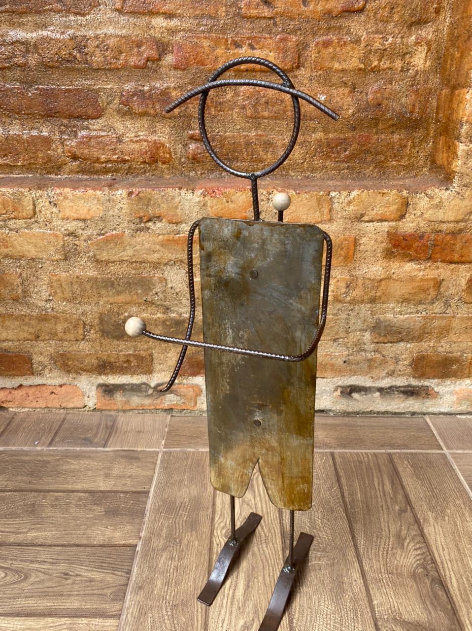 Porta Papel Higiênico em Ferro e Lata - Masculino