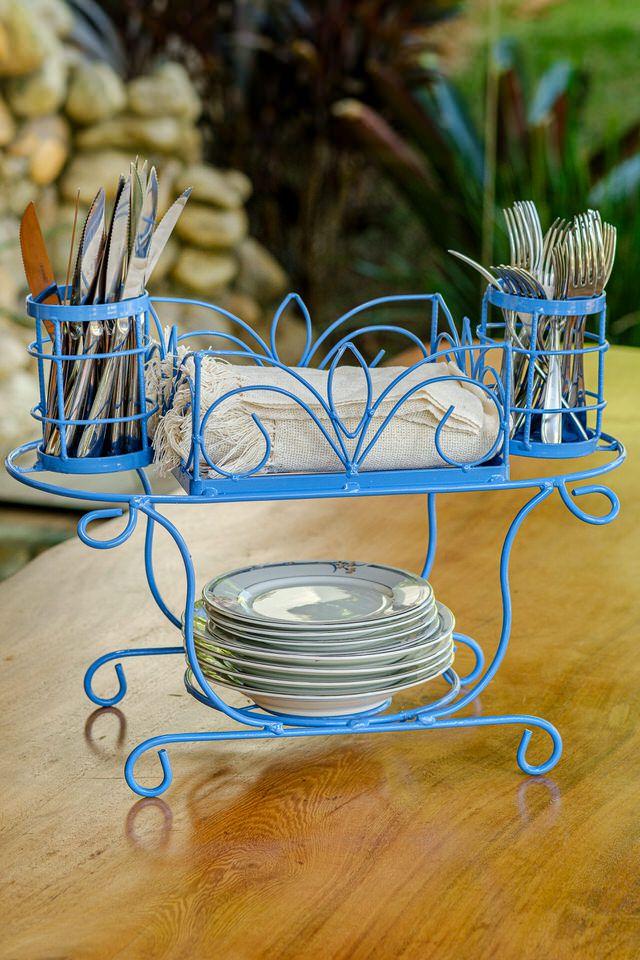 Porta Pratos Talheres Copos de Mesa em Ferro em azul claro