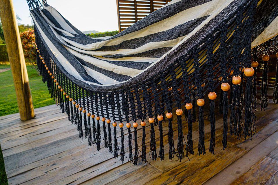 Rede de Crochê - Listrada em Preto com Babado em Bolinha Preto