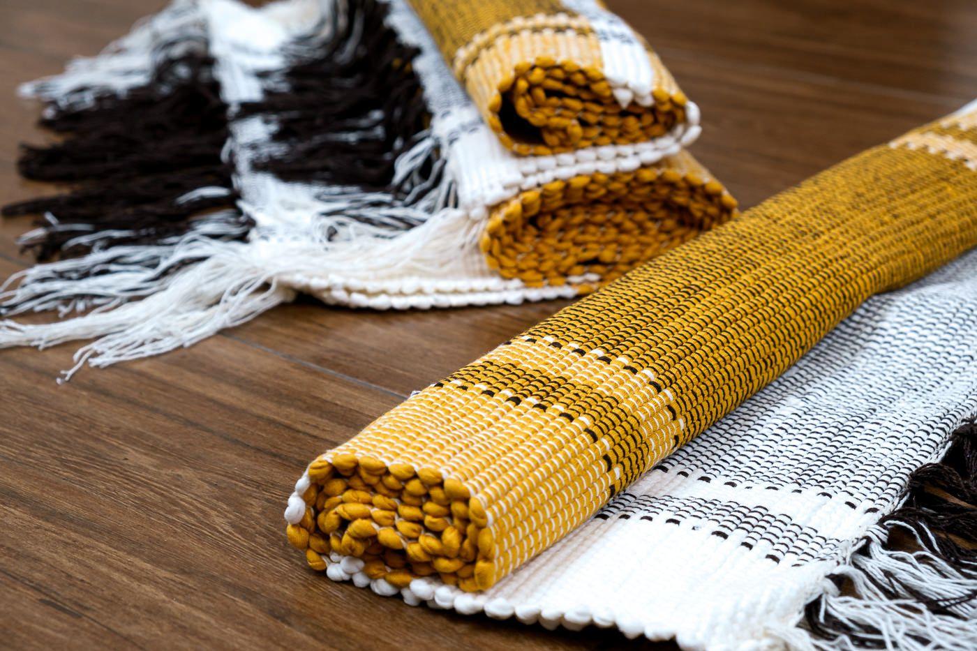 Tapete Amarelo com Bordas Brancas 3 Peças
