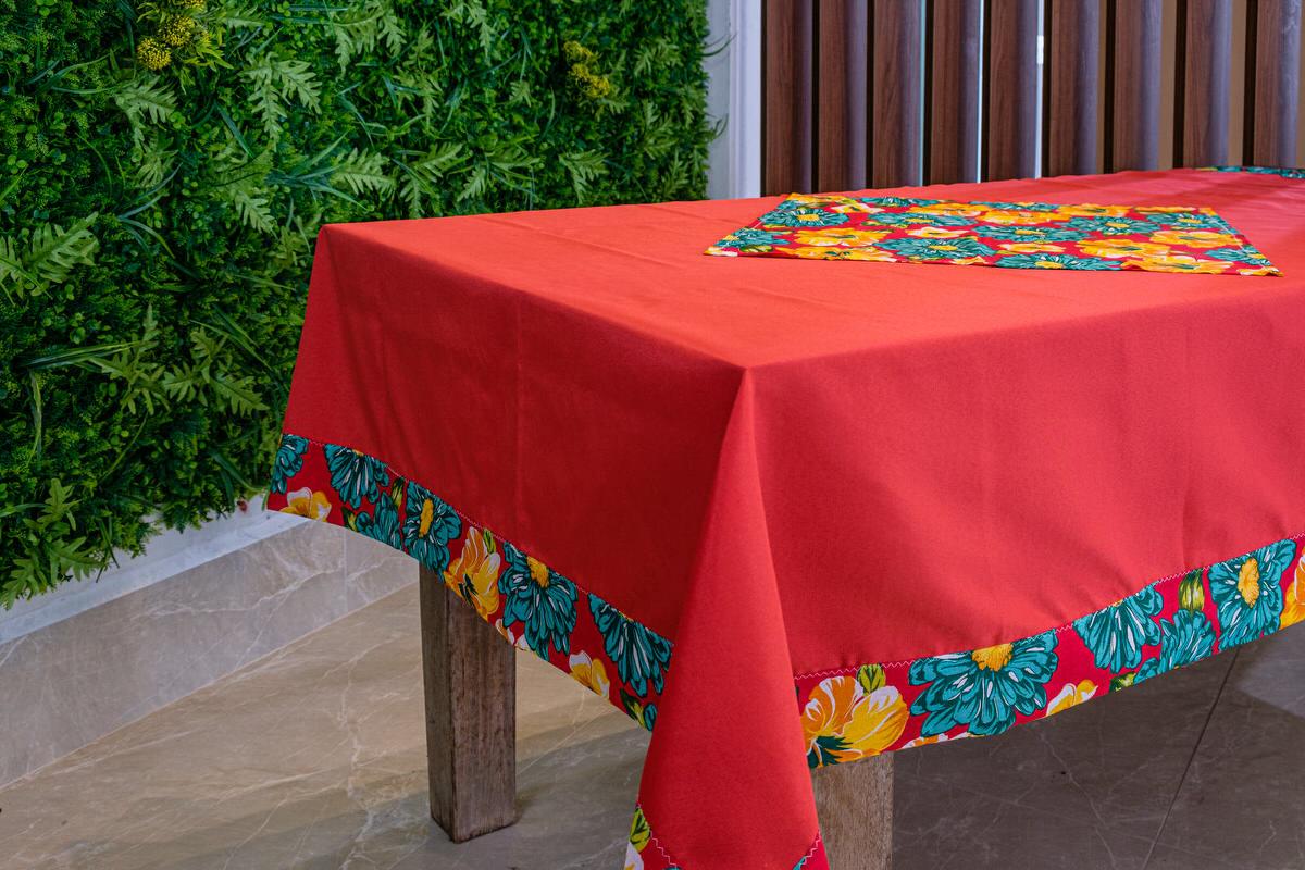 Toalha de Mesa Vermelha Barra de Chita com Compose
