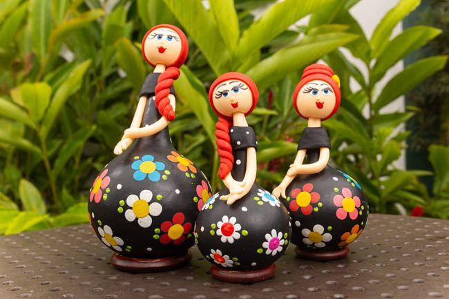 Trio de bonecas em cabaça cabelo vermelho