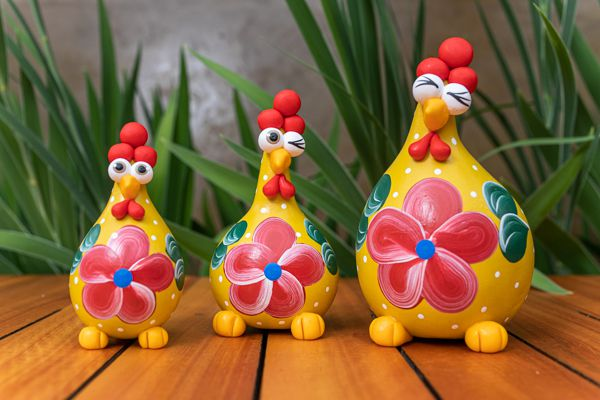 Trio de galinhas em cabaça verão mineiro