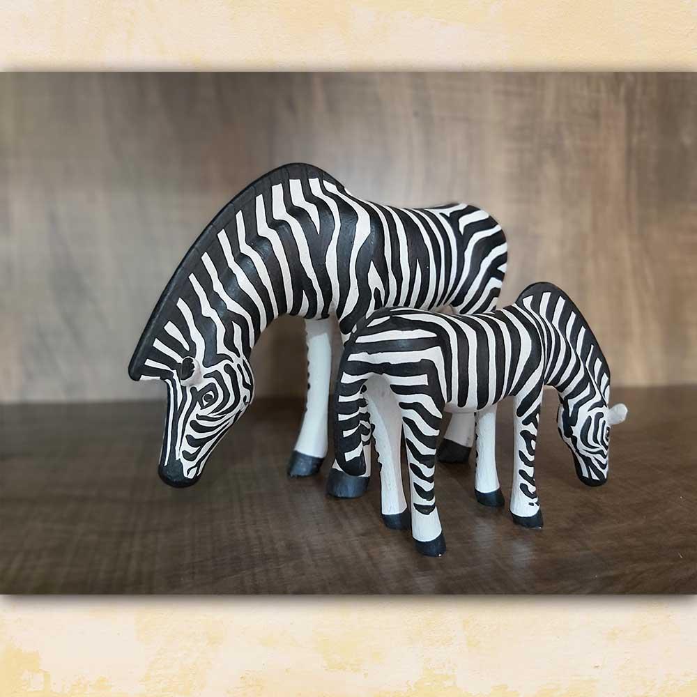 Zebras em madeira