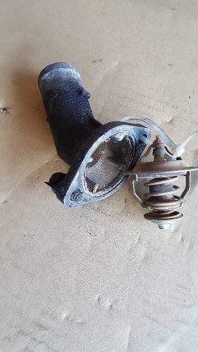 Válvula Termostática Com Carcaça Kia Sorento 2.5 Diesel 2007