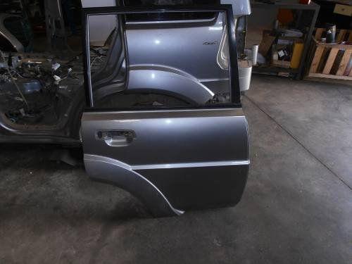 Par De Portas Mitsubishi Pajero Tr4 2012 Prata Lado Direito