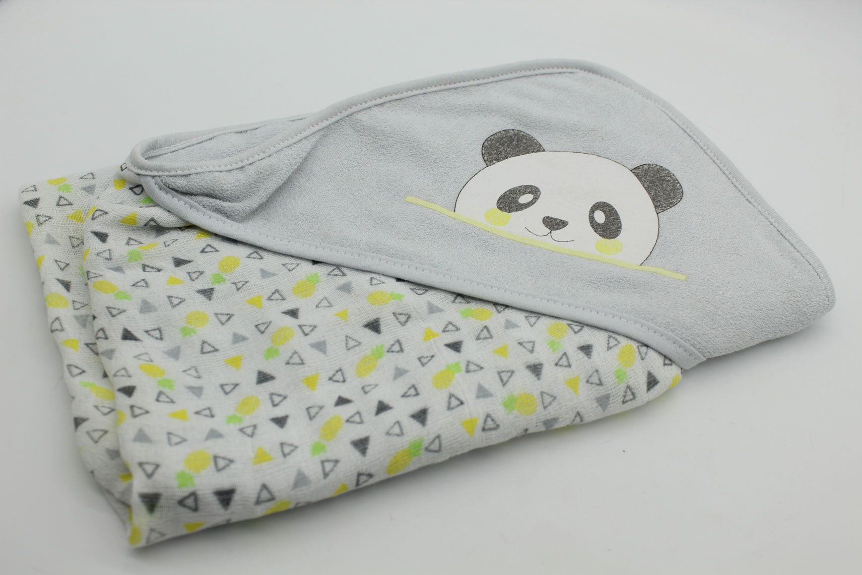 Toalha de Plush Malha Capuz Panda Grande - Bambi Incomfral Ref 10021