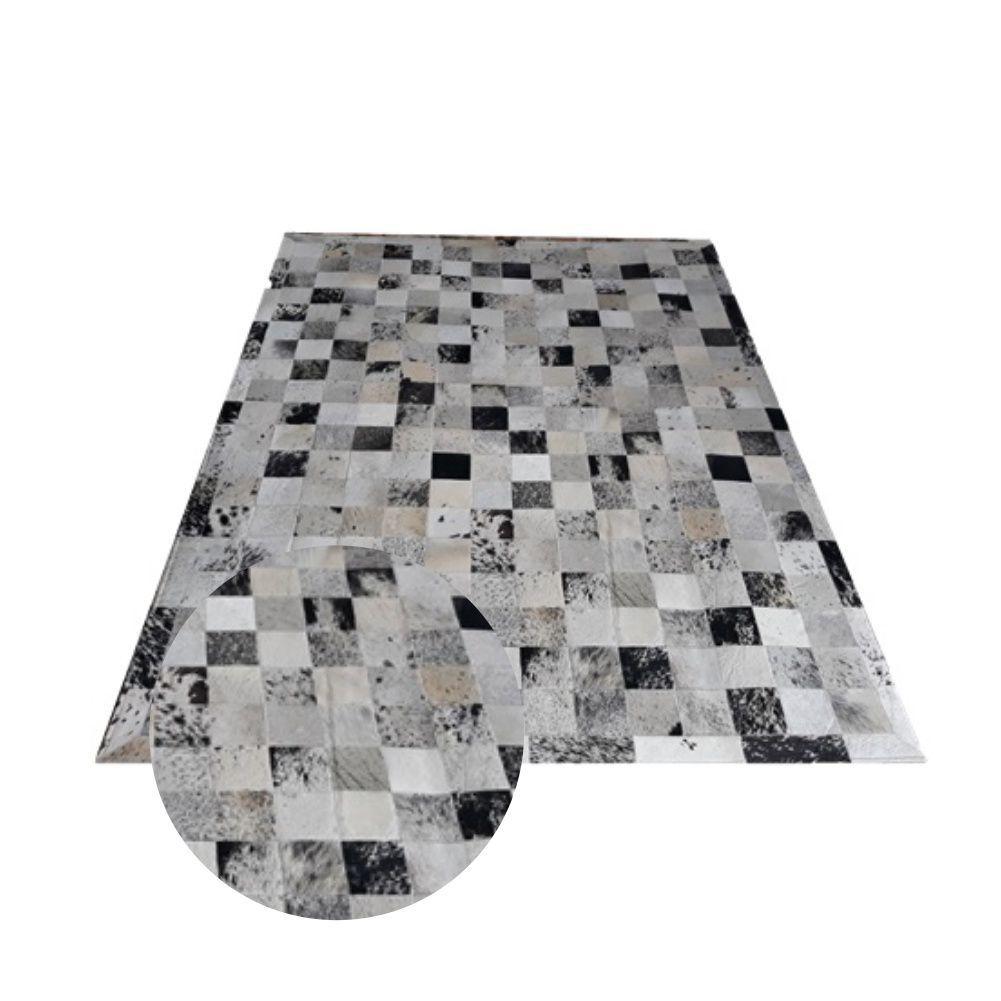 Tapete de Couro de Boi 2m X 1,5m Natural Costurado 10cm x 10cm Com Borda - OF27