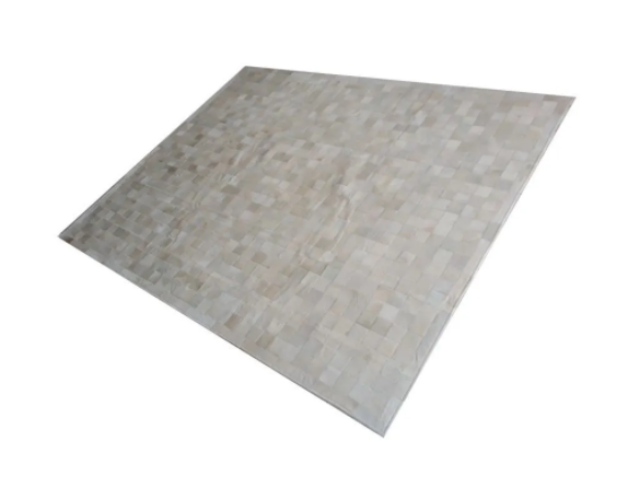 Tapete de Couro de Boi 2,5m X 2,0m Natural Costurado 10cm x 10cm Com Borda - OF09