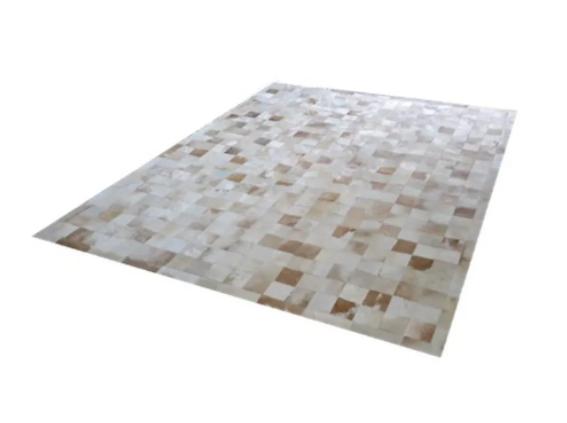 Tapete de Couro de Boi 2,5m X 2,0m Natural Costurado 10cm x 10cm Com Borda - OF28