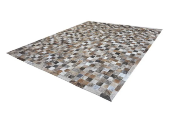 Tapete de Couro de Boi 2,5m X 2,0m Natural Costurado 7cm x 7cm Com Borda - OF25