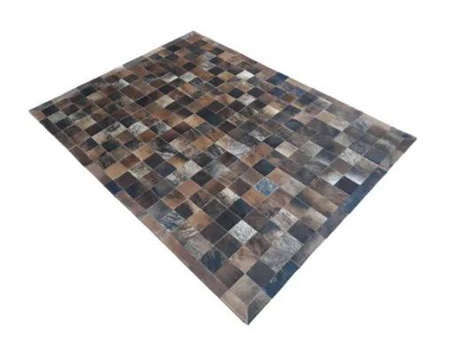 Tapete de Couro de Boi 2,5m X 2,0m Natural Costurado 7cm x 7cm Com Borda - OF07