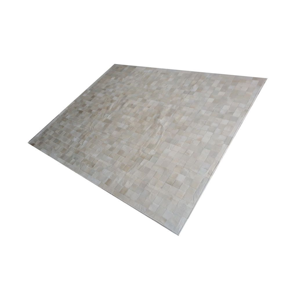 Tapete de Couro de Boi 2,5m X 2,0m Natural Costurado 7cm x 7cm Com Borda - OF09