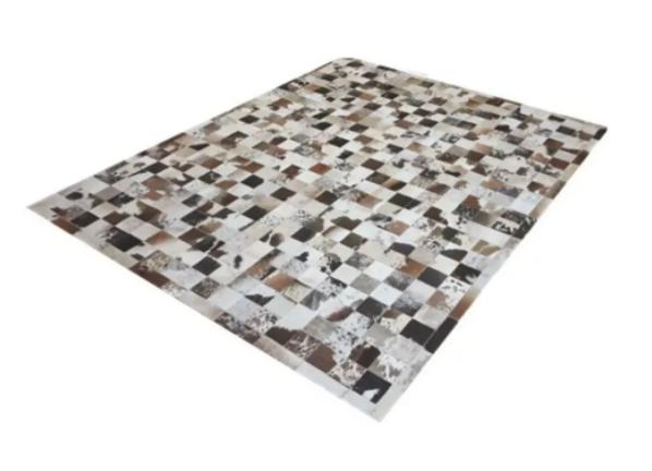 Tapete de Couro de Boi 2m X 1,5m Natural Costurado 7cm x 7cm Com Borda - OF29